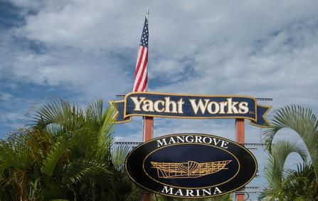 yacht works, everglades boats, yacht, tavernier, key, florida keys, boat, center consoles, yamaha engines, outboards, mangrove marina, 200 florida avenue